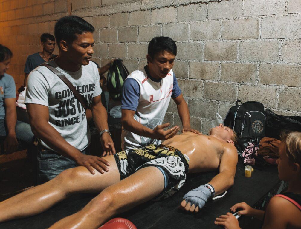massage before fighting muay thai in thailand
