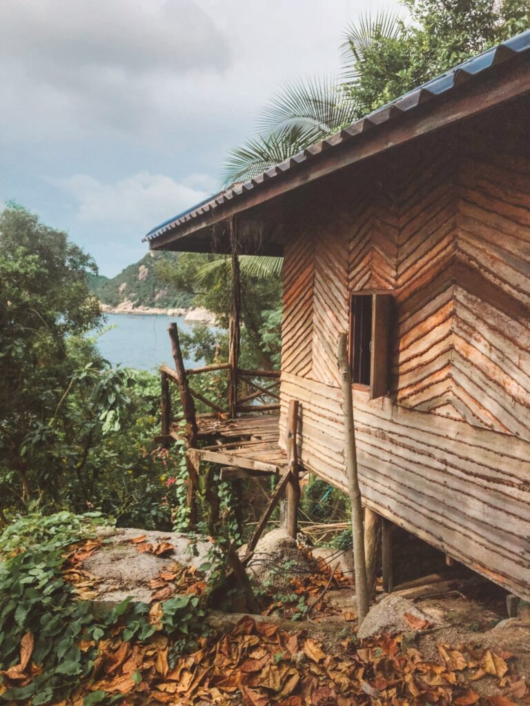 an abaonded resort on Koh Tao at laem thian is one of the best things to do on koh tao