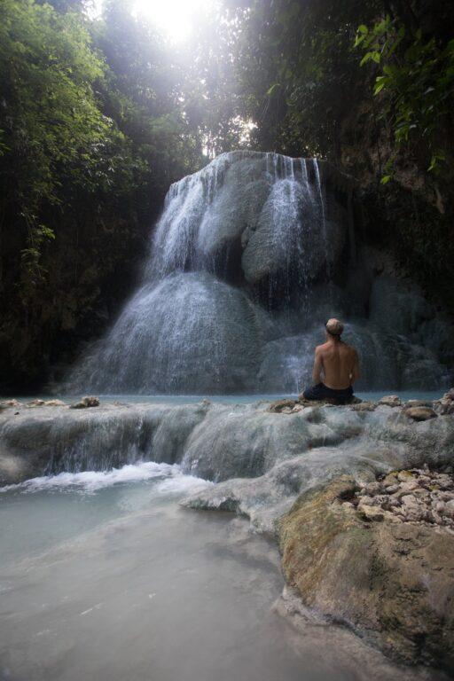 Olly Gaspar Aguinid Falls