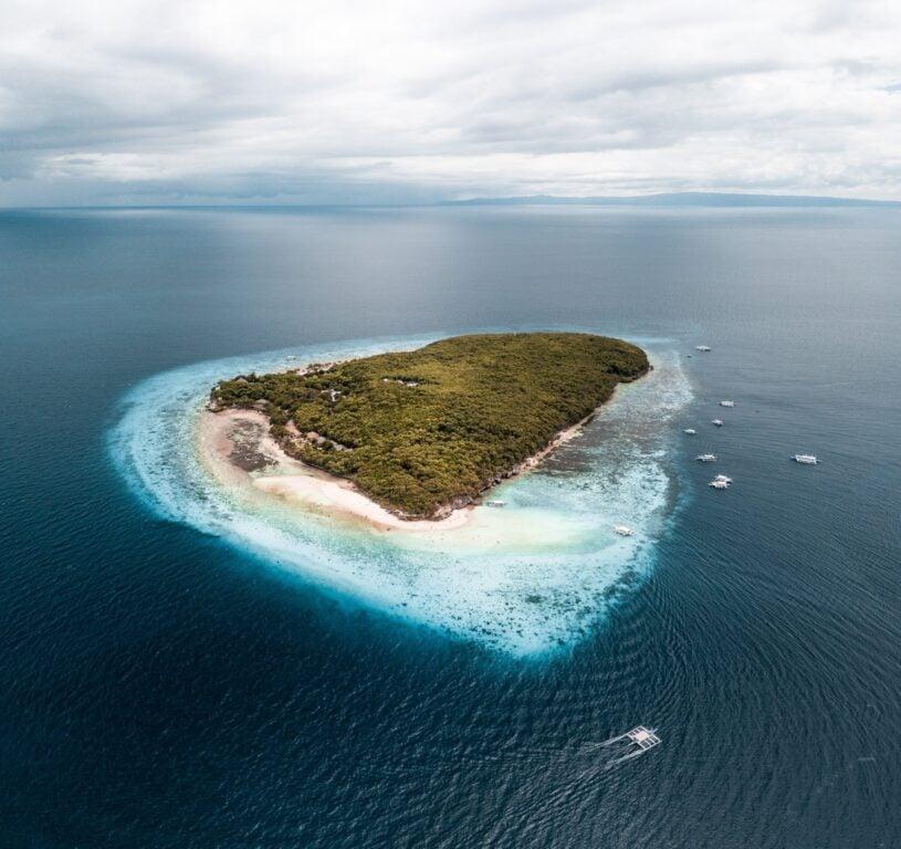 sumilon Island drone