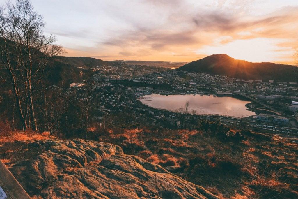 sunset hike to mt floyen