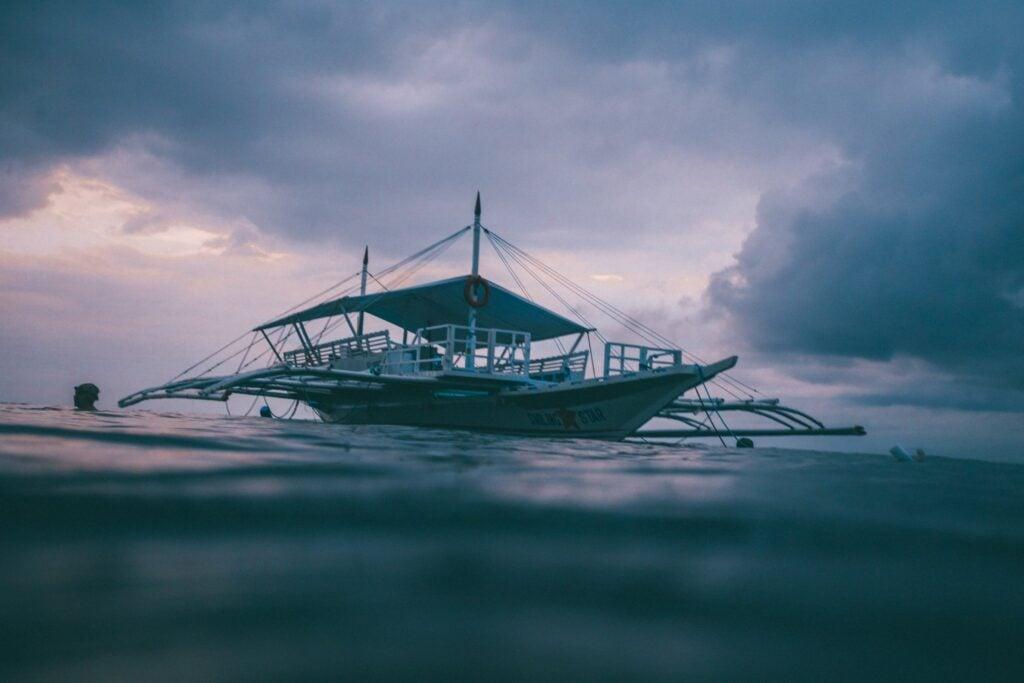 panagsama beach boats moalboal