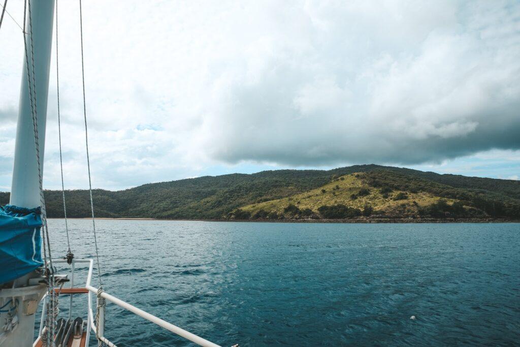 Self Sailing Keswick Island