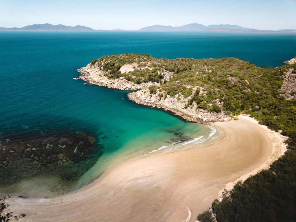 Magnetic Island Sailing, Magnetic Island Attractions, Magnetic Island Things to do, Magnetic Island sunsets, How to get to Florence Bay Magnetic Island
