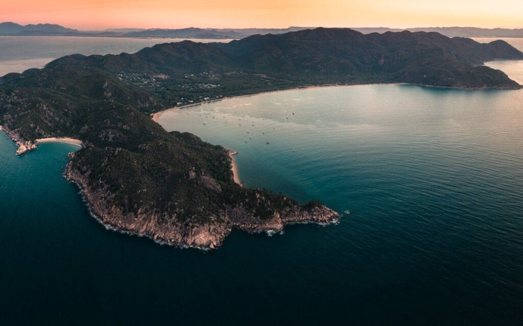 MAGNETIC ISLAND SUNSET, MAGNETIC ISLAND BEST THINGS TO DO, MAGNETIC ISLAND ATTRACTIONS