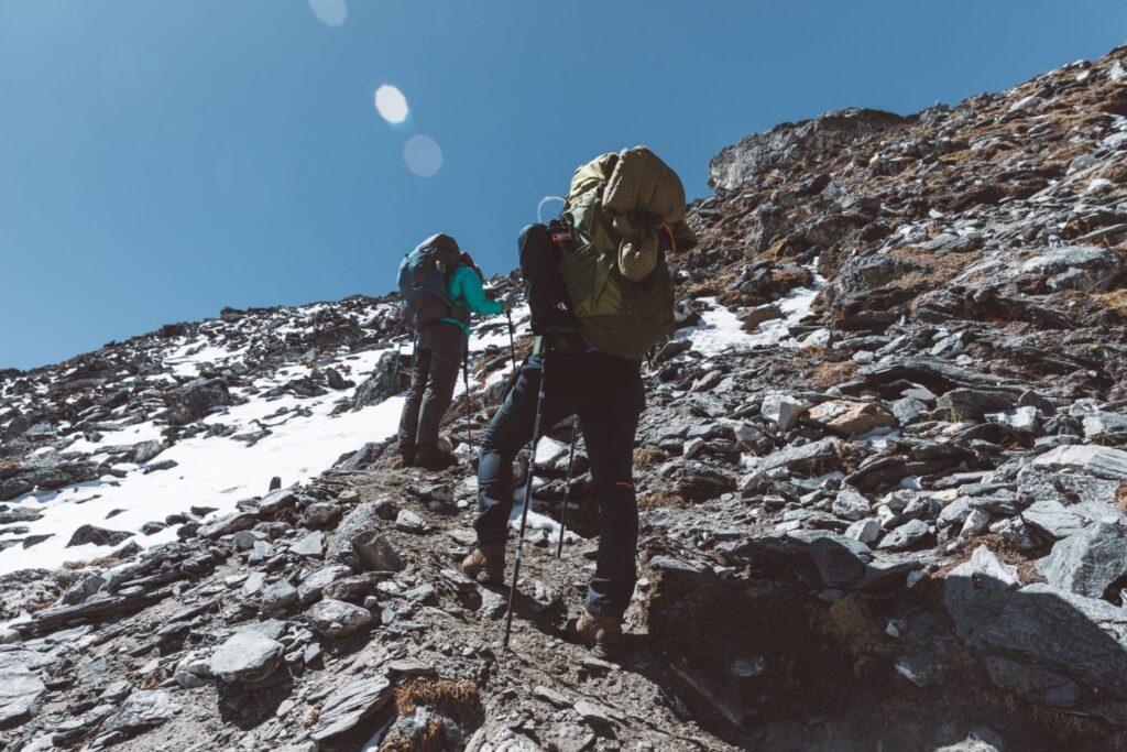 trekking in the nepal himalaya