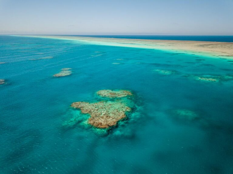 MICHAELMAS CAY GREAT BARRIER REEF, MICHAELMAS CAY OUTER REEF, AERIAL DRONE PHOTO,