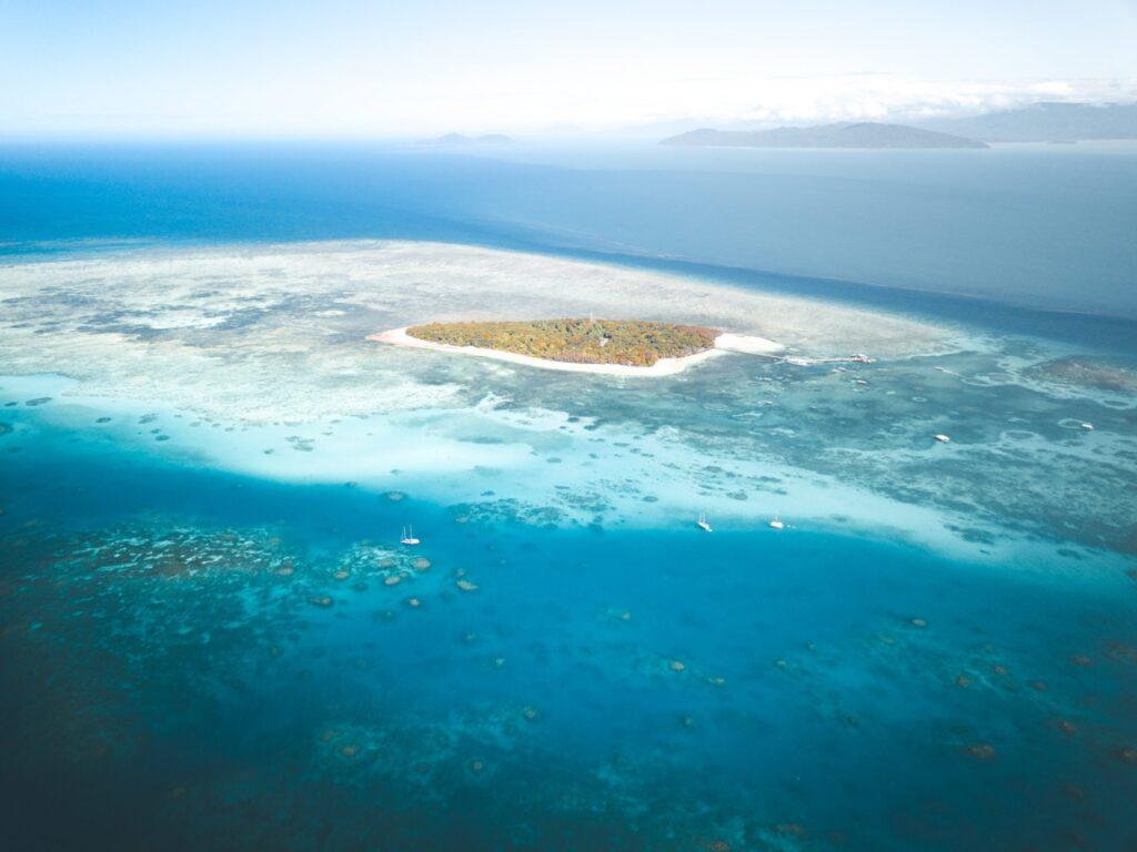 Green Island, Sailing to Green Island Cairns