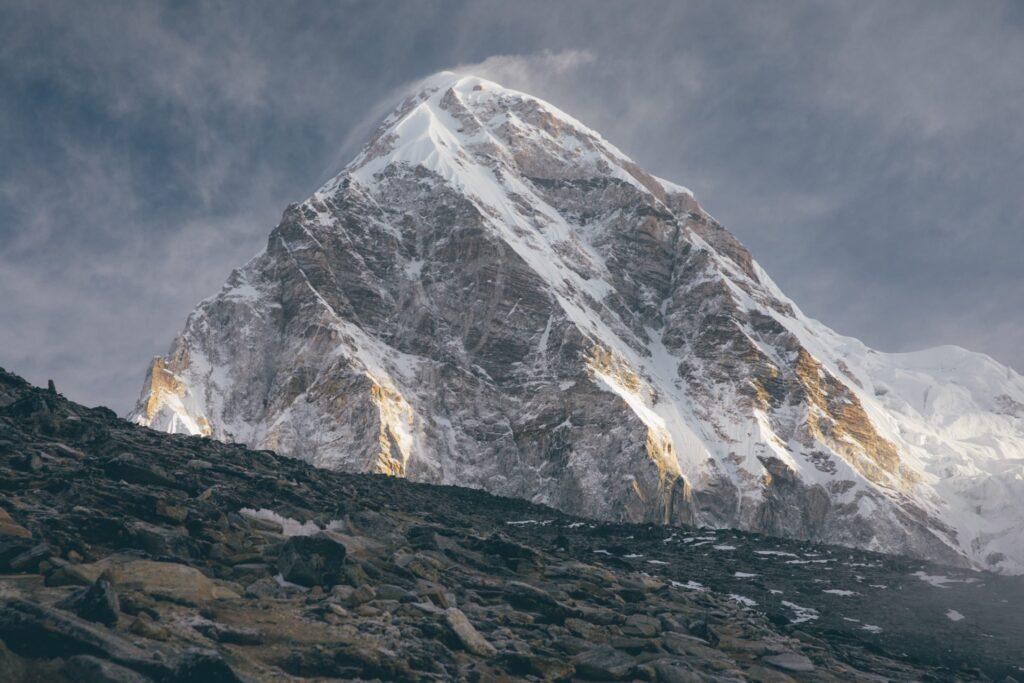 Mt Pumori Kala Pathar