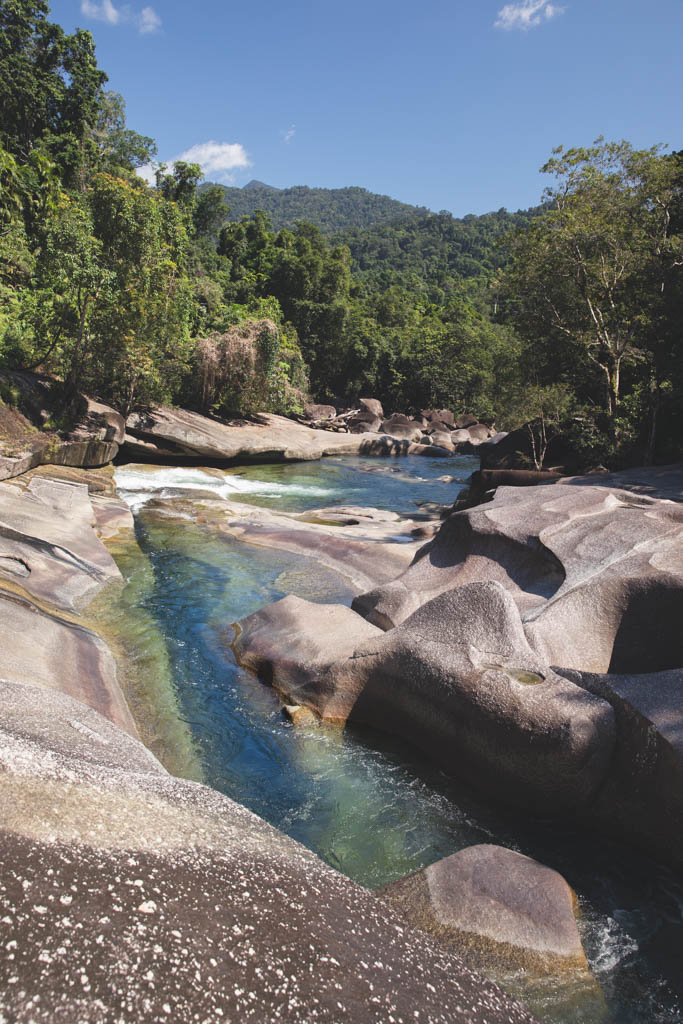 BABINDA BOULDERS, DEVILS POOLS, BABINDA CAIRNS, SWIMMING NEAR CAIRNS, CAIRNS ATTRACTIONS, THINGS TO DO,
