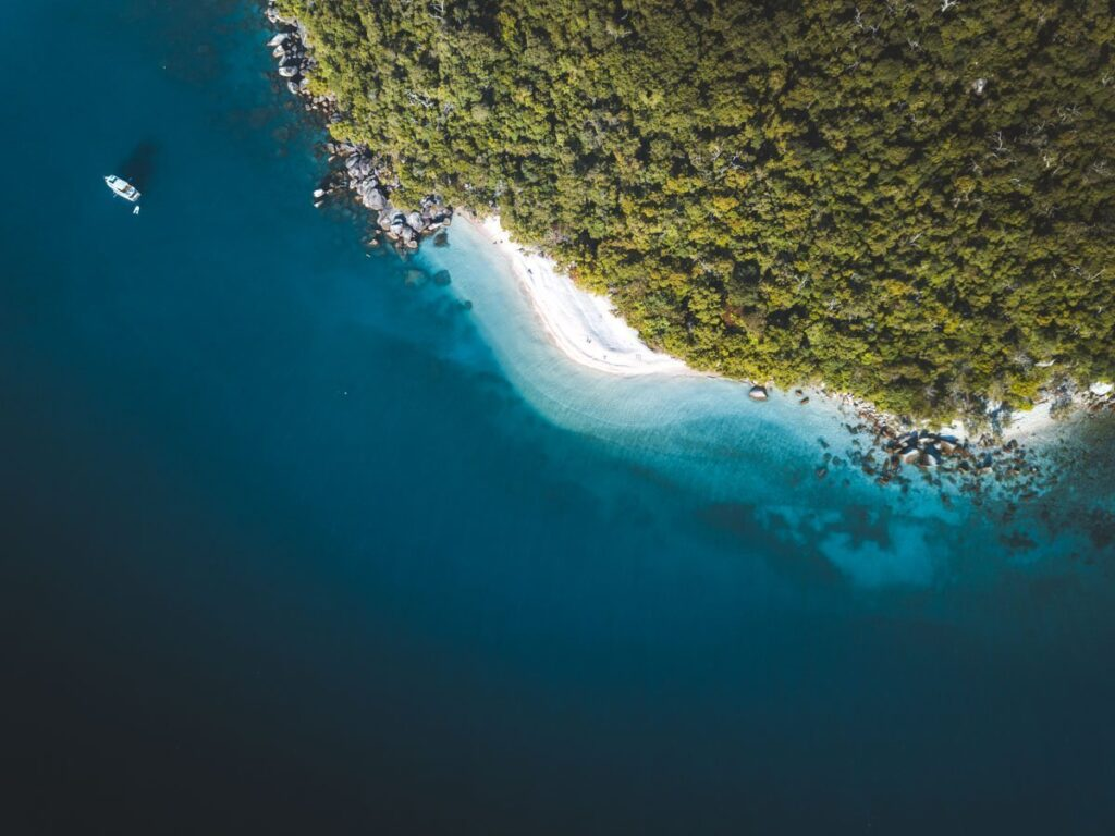 NUDIE BEACH DRONE FITZROY ISLAND THINGS TO DO