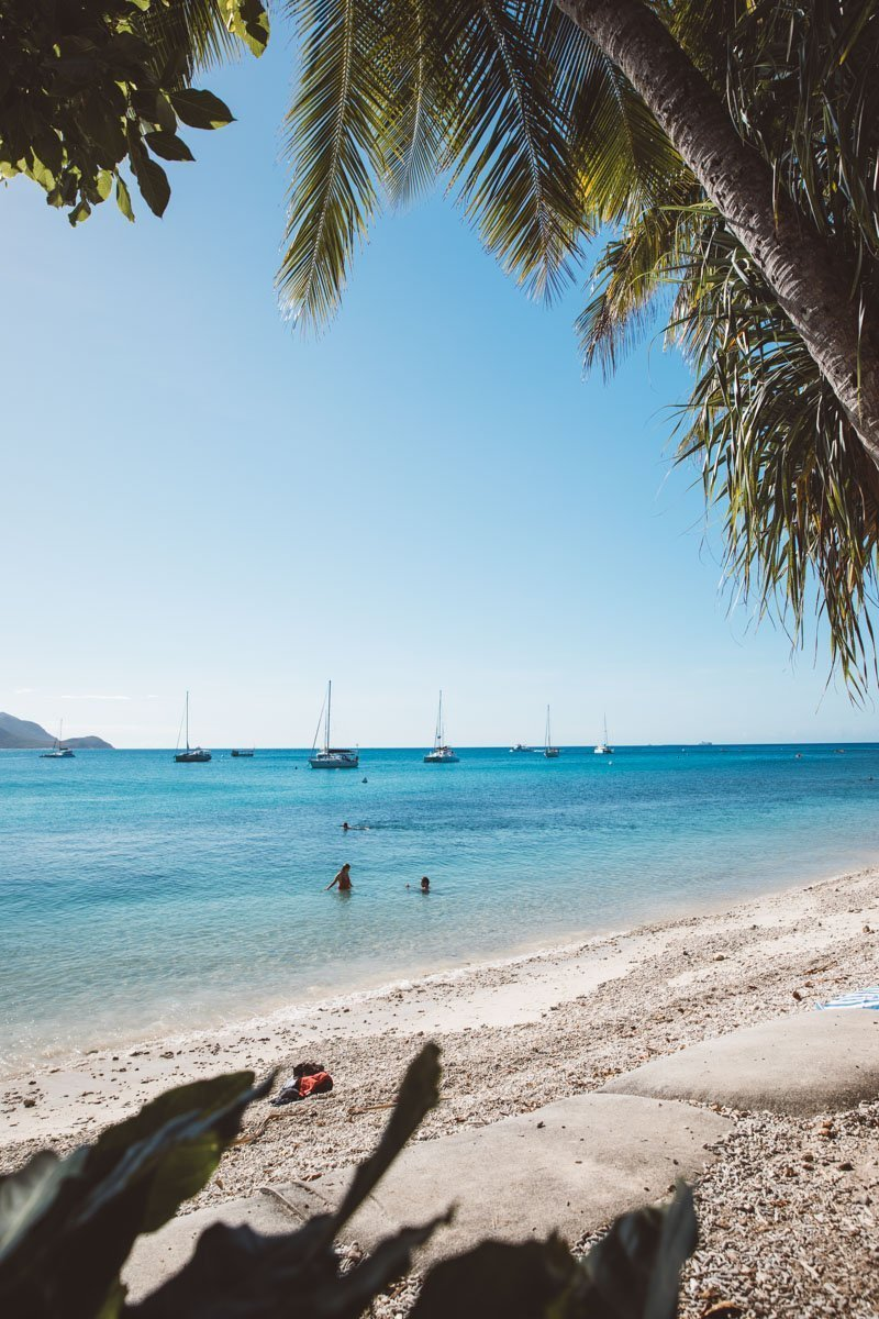 WELCOME BAY BEACH FITZROY ISLAND THINGS TO DO