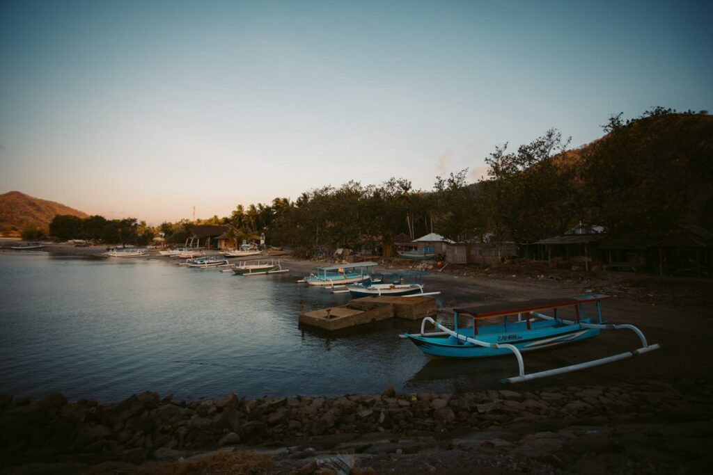 SEKOTONG HARBOR, BEST THINGS TO DO IN SEKOTONG