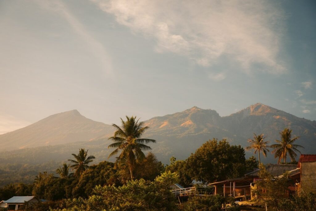 MOUNT RINJANI FROM SENARU