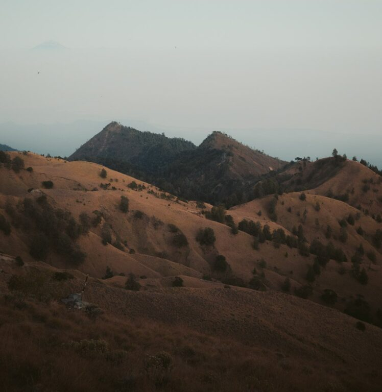 MOUNT RINJANI CRATER RIM HIKE
