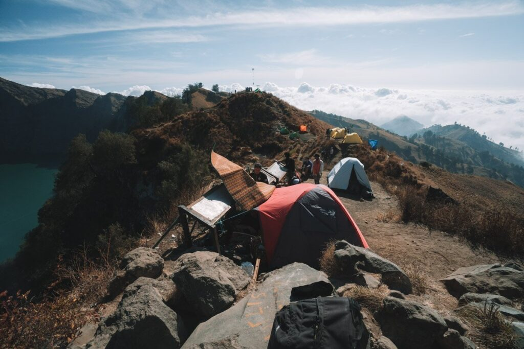 TENTS ON THE RINJANI CRATER RIM