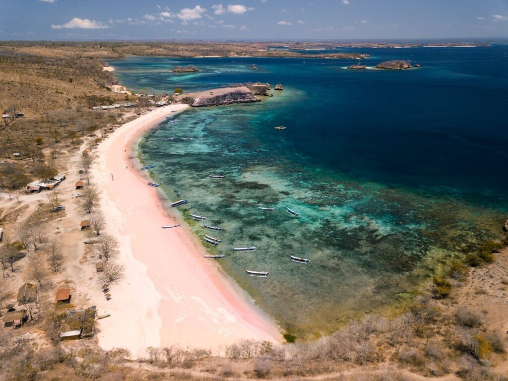 PINK BEACH, BEACHES IN SOUTH LOMBOK