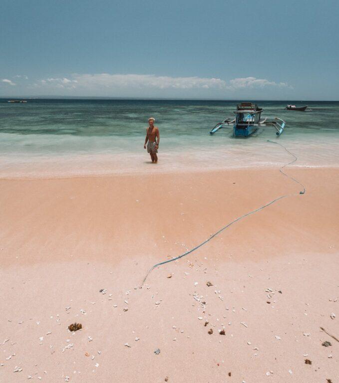 PINK BEACH, SOUTH LOMBOK