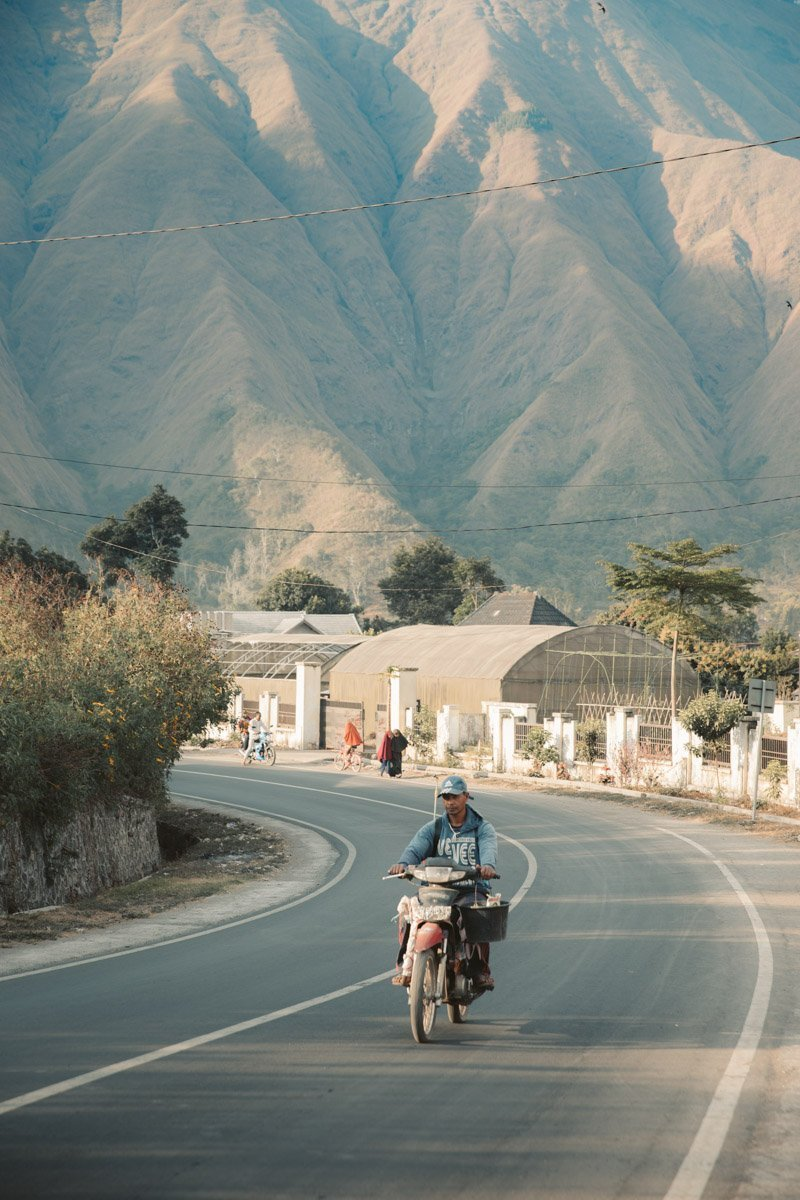 MOTORBIKE IN SEMBALUN VILLAGE LOMBOK