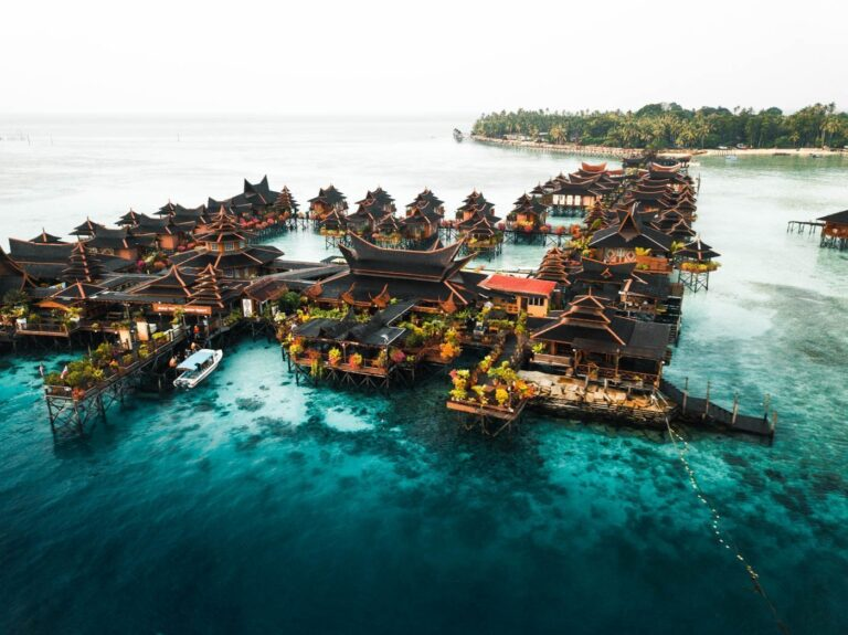GETTING TO MABUL ISLAND, BUDGET ACCOMMODATION IN MABUL