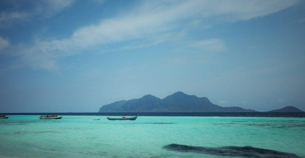 SIBUAN ISLAND SNORKELING