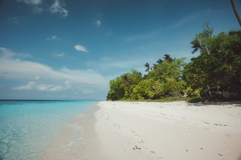 SIBUAN ISLAND BEACH