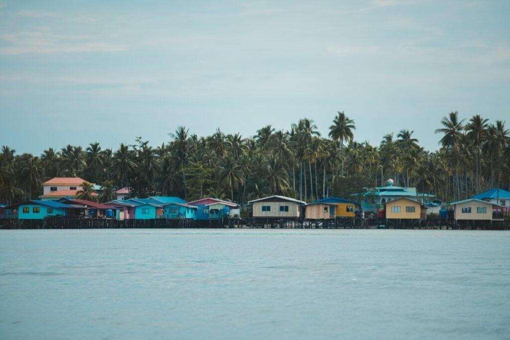 SEA GYPSIES IN THE TUN SAKARAN MARINE PARK ISLANDS