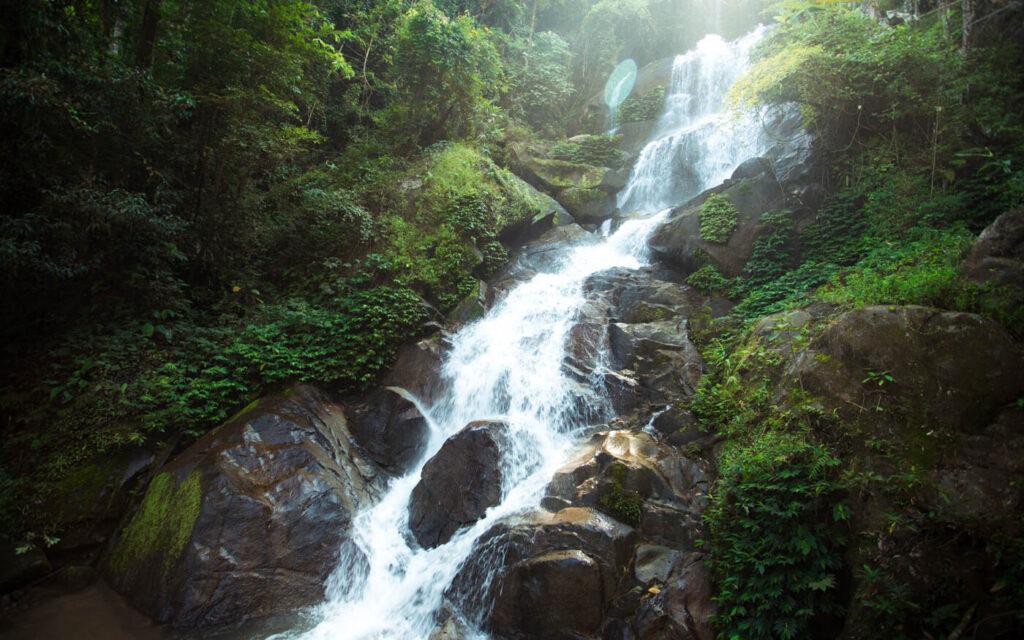 HUAY KAEW WATERFALL CHIANG RAI