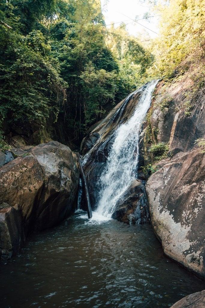 mae sai waterfall level two
