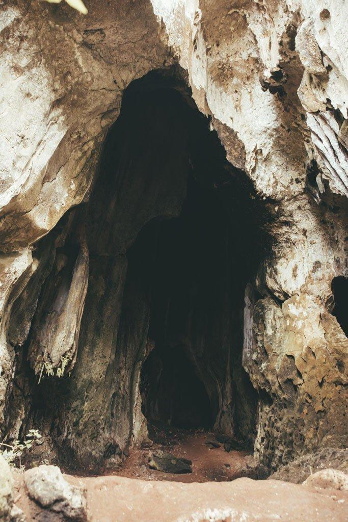 sukau caves cavern entrance