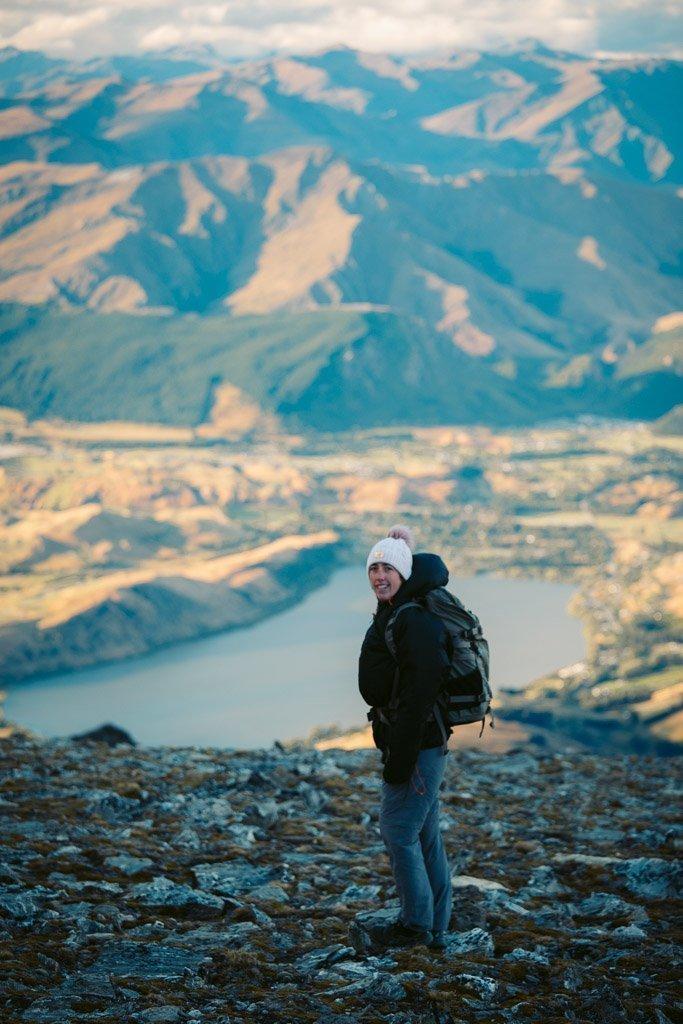 SHOTOVER AND SADDLE VIEWPOINT AT LAKE ALTA