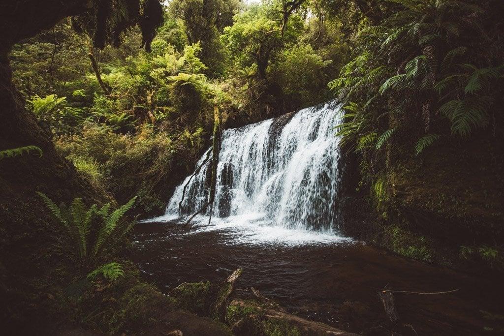PUNEHU FALLS ON THE WAIPOHATU WATERFALL LOOP, BEST HIKES IN SOUTH ISLAND NEW ZEALAND
