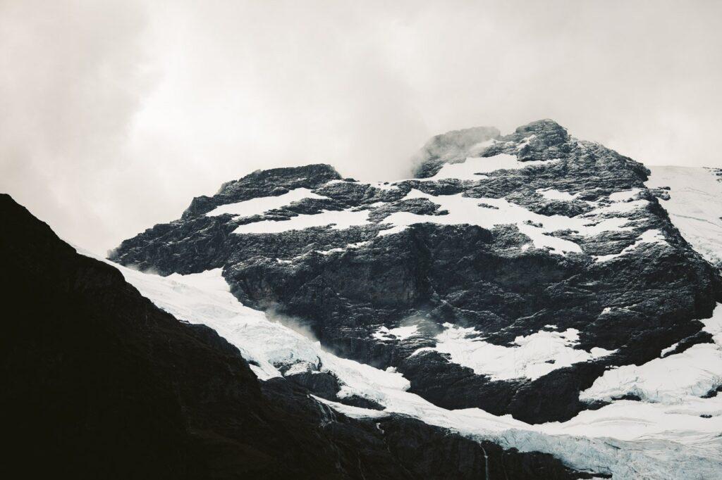 MOUNT EARNSLAW PEAK