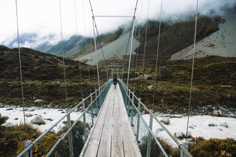 HOOKER VALLEY SUSPENSION BRIDGE