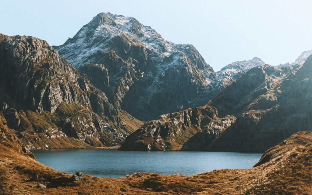 BEST HIKES IN SOUTH ISLAND NEW ZEALAND, ROUTEBURN TRACK