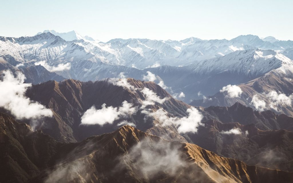 BEST HIKES IN SOUTH ISLAND NEW ZEALAND