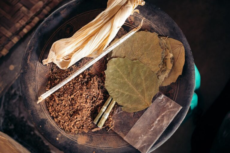 TRADITIONAL MYANMAR CIGAR