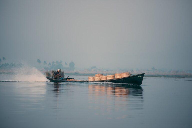 INLE LAKE BOAT TRIP, MYANMAR