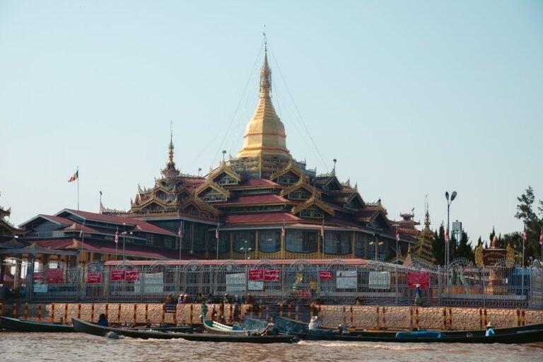INLE LAKE PAGODA Phaung Daw Oo