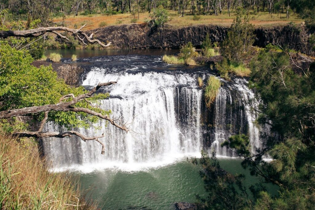 BIG MILLSTREAM FALLS FROM THE LOOKOUG