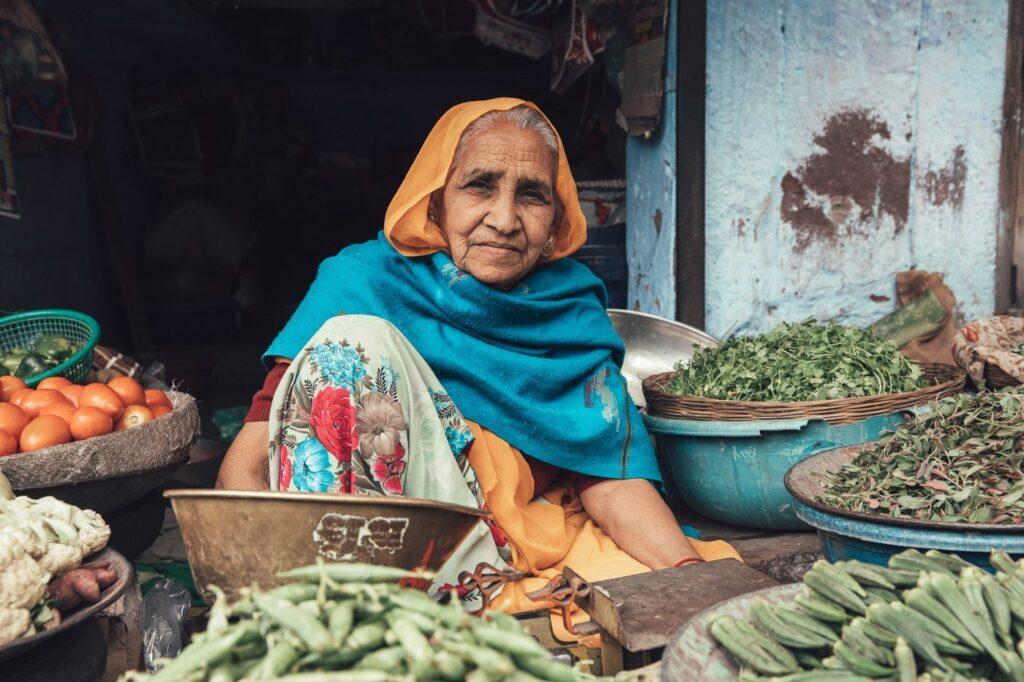 PORTRAIT OF WOMAN IN JODHPUR INDIA