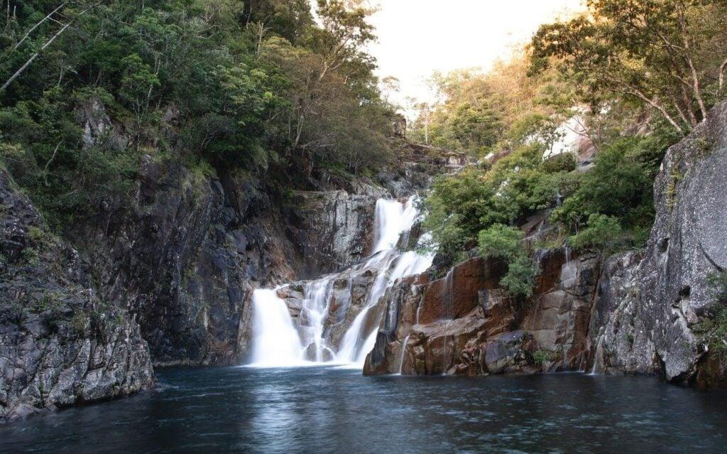 CLAMSHELL FALLS, BEHANA GORGE WATERFALL HIKE, CAIRNS