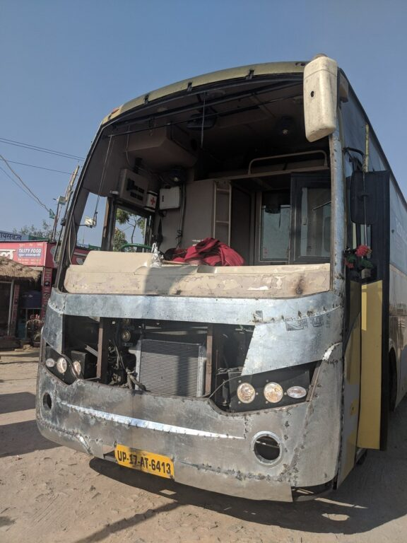 INDIAN BUS WITHOUT A FRONT BONNET