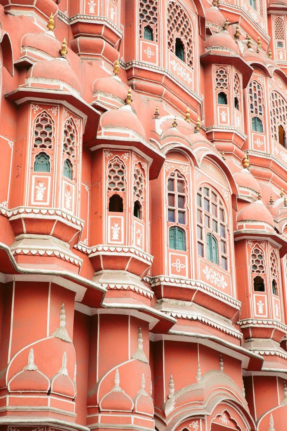HAWA MAHAL PALACE IN JAIPUR INDIA