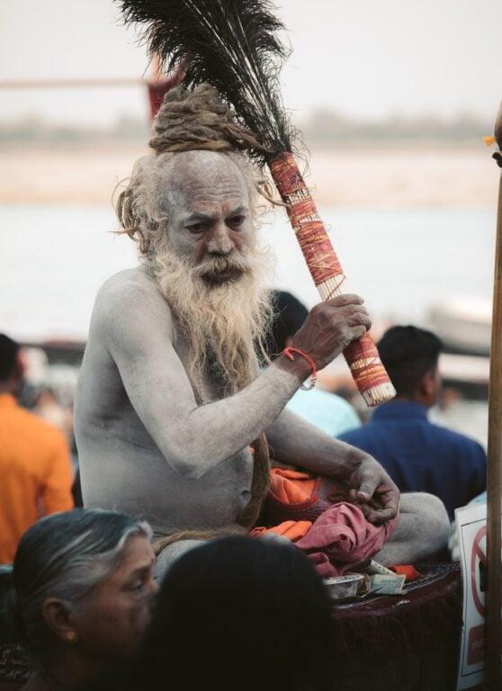 SADHU HOLY MAN ON THE VARANASI GHATS