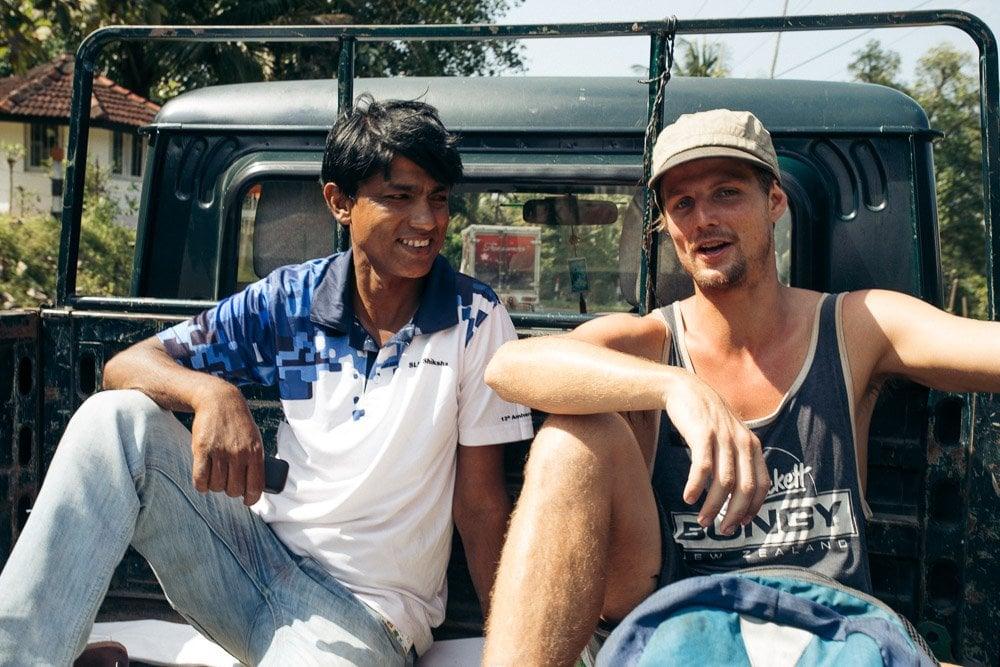 HITCH HIKING IN KANDY SRI LANKA