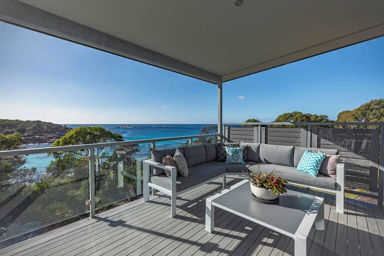 The Cove accomodation Bay of FIres