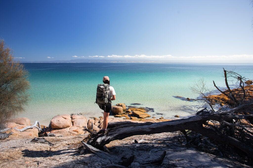 HIKING AT COOKS BEACH, FREYCINET NATIONAL PARK WALKS