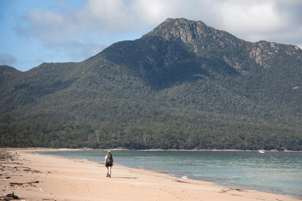 HAZARDS BEACH TRACK ON THE FREYCINET PENINSULA CIRCUIT