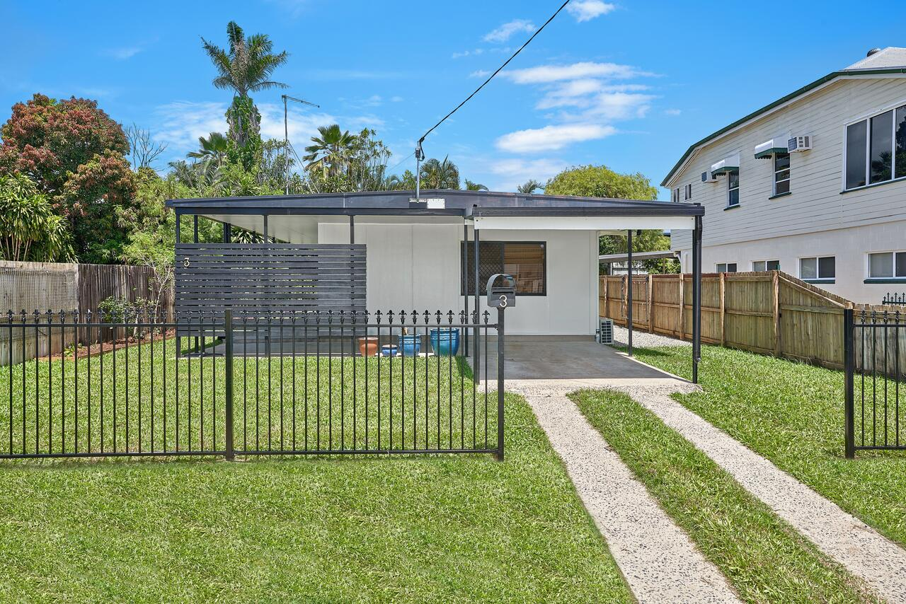 CAIRNS FULL HOUSE ACCOMMODATION RED SPARROW 2
